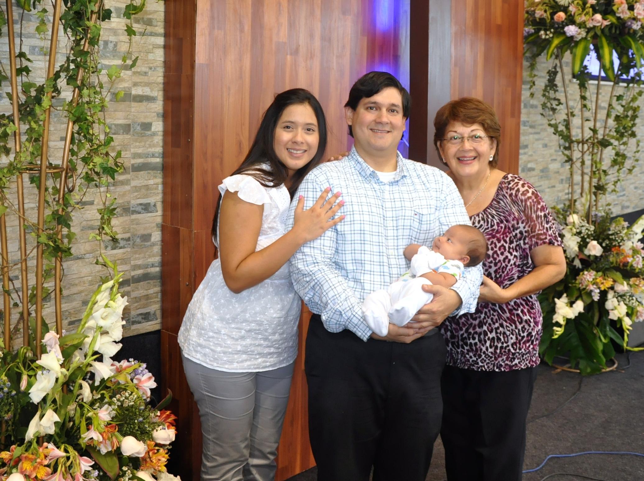 Tito Campos Núñez - Pastor Adjunto